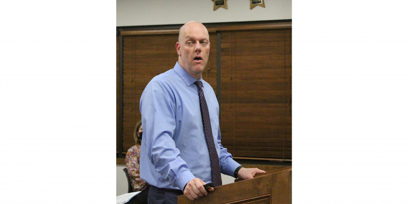 Sealy ISD Assistant Superintendent Chris Summer presented the 2021-2022 school year calendar that was approved unanimously at last Wednesday's meeting of the Board of Trustees at the Administration Building. (Cole McNanna/Sealy News)